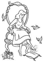 Раскраска - Принцессы Диснея - Золушка надела хрустальную туфельку
