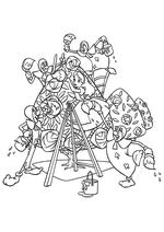 Раскраска - Алиса в Стране чудес - Алиса с картами красят розы